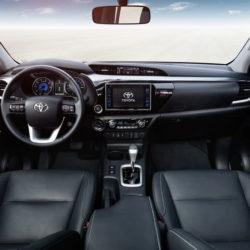 Toyota Hilux (8)