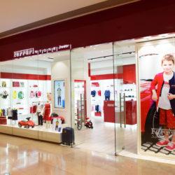 110513-160029-cor-ferrari-store-junior-shanghai