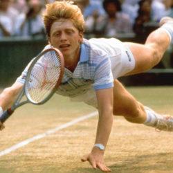 """Boris Becker, nato nell'allora Germania Ovest il 22 novembre 1967, ha iniziato a giocare a tennis a cinque anni. Tedesco dal fisico statuario, rosso di capelli, la carnagione bianca Becker ha vinto 49 titoli nel singolare (di cui 6 nel grande slam) e 15 nel doppio in 14 differenti . Becker ha disputato 927 incontri da professionista vincendone 713 e  ed è stato numero uno del mondo per 12 settimane;  Tennis pratico e bello,  serve & volley classico e d'attacco che non lasciava spazio a lunghi scambii oltre a un . Soprannominato  """"""""Boom Boom"""" (servizio e a un dritto potentissimi) attualmente è impegnato tra il lavoro imprenditoriale, gli scacchi e il poker.  Dal 2013 è tornato in pista come personal coach di un altro grande campione come Novak Djokovic."""