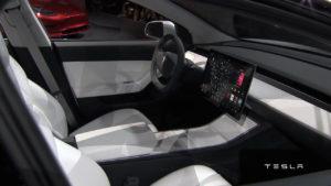 Tesla Model 3 (8)