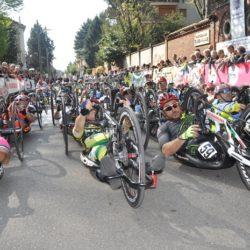 giro di handbike fasi partenza castellanza