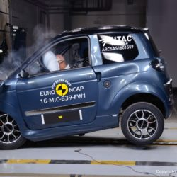 microcar minicar crash test (2)