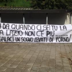 striscione Lazio Battisti