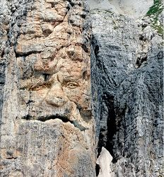 3 - le Dolomiti ti guardano