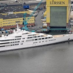 459_m_0_World-Record-180-meter-Yacht-Azzam