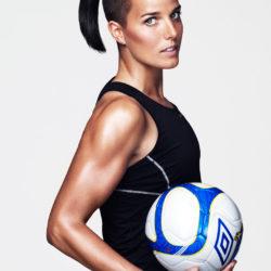 10. Jessica Landstrom Jessica Landström (Luleå, 12 dicembre 1984) è una calciatrice svedese, attaccante del Kopparbergs/Göteborg e della Nazionale svedese