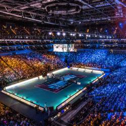 3. Con i suoi 17.500 posti a sedere l'arena è conosciuta anche con il nome di North Greenwich Arena, è un'arena coperta polifunzionale situata all'interno del salone espositivo The O2 di Londra.Edificata tra il 2003 ed il 2007, ha ospitato numerose manifestazioni sportive e musicali. L'impianto è sede delle ATP World Tour Finals a partire dall'edizione 2009  il più importante dell'anno dopo le quattro prove del Grande Slam.