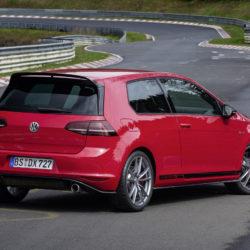 Volkswagen Golf GTI Clubsport S (2)