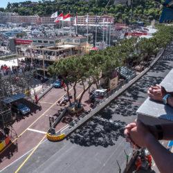 La Terrazza del 4° piano C4 del Palazzo Heracles. Vista sulla griglia di partenza/arrivo , la curva di Santa Devota, la salita di Ostenda verso il Casino, l'uscita del Tunnel, lo schermo gigante, la curva del tabaccaio e la shicane della Piscina