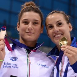 Foto Gian Mattia D'Alberto / LaPresse 11-05-2016, Londra sport Len Campionati Europei di nuoto trampolino 1 mt donne nella foto: Tania Cagnotto, medaglia d'oro, Elena Bertocchi, medaglia d'argento Photo Gian Mattia D'Alberto / LaPresse 11-05-2016, London women's 1 mt springboard In the photo: Tania Cagnotto, gold medal, Elena Bertocchi, silver