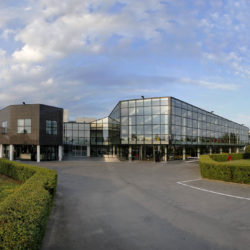 Foto Automobili Lamborghini esterno fabbrica dopo la ristruttura