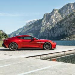 Aston Martin Vanquish  (7)