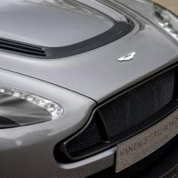 Aston Martin Vantage GT12 Roadster (6)