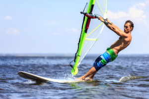 Kingii-Wearable-on-Windsurf-