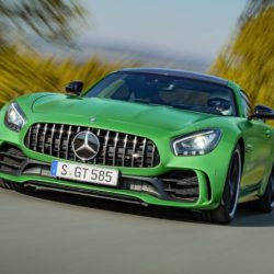 Mercedes-AMG GT R (3)