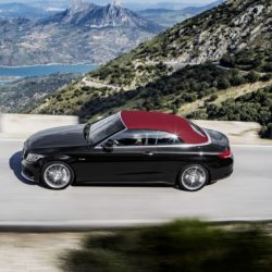 C 43 4MATIC Cabriolet;  Exterieur: Obsidianschwarz; Interieur: Leder schwarz, Kraftstoffverbrauch (l/100 km) innerorts/außerorts/kombiniert:  11,0/6,7/8,3 CO2-Emissionen kombiniert: 190 g/km Exterior: obsidian black; interior: leather black, Fuel consumption (l/100 km) urban/ex urban/combined:   11.0/6.7/8.3 combined CO2 emissions:  190 g/km