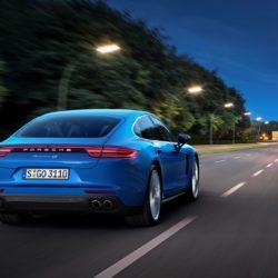 Porsche Panamera  (2)