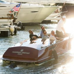 Runabout  yacht(1)