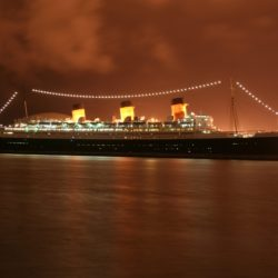 Ships_Queen_Mary_2_029078_