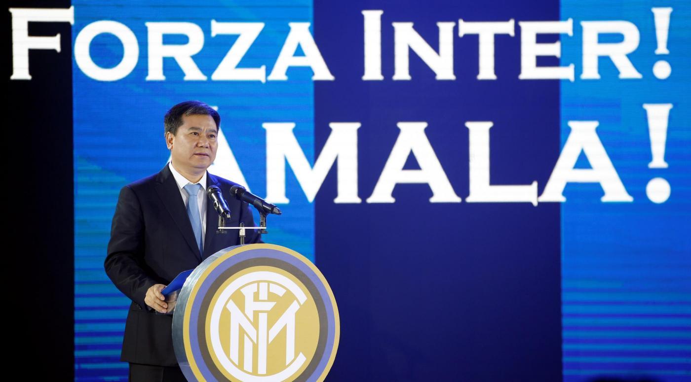 Inter, grosso sponsor in arrivo con tanti soldi. Poi tv e tournée
