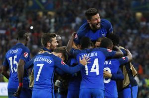 Football Soccer - France v Albania - EURO 2016 - Group A - Stade VÈlodrome, Marseille, France - 15/6/16 France's Olivier Giroud celebrates with team mates after Dimitri Payet scored their second goal REUTERS/Eddie Keogh Livepic