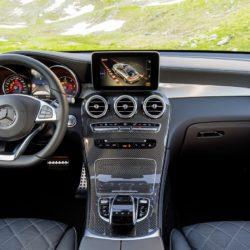 Mercedes-Benz GLC 350 d Coupé; Exterieur: hyazinthrot; Interieur: designo Leder Nappa schwarz; Kraftstoffverbrauch kombiniert: ab 6,0 l/100 km*; CO2-Emissionen kombiniert: ab 155 g/km*;exterior: hyacinth red; interior: designo Nappa black/black;fuel consumption combined: from 6.0 l/100 km*; CO2 emissions combined: from 155 g/km**vorläufige Werte/provisional values