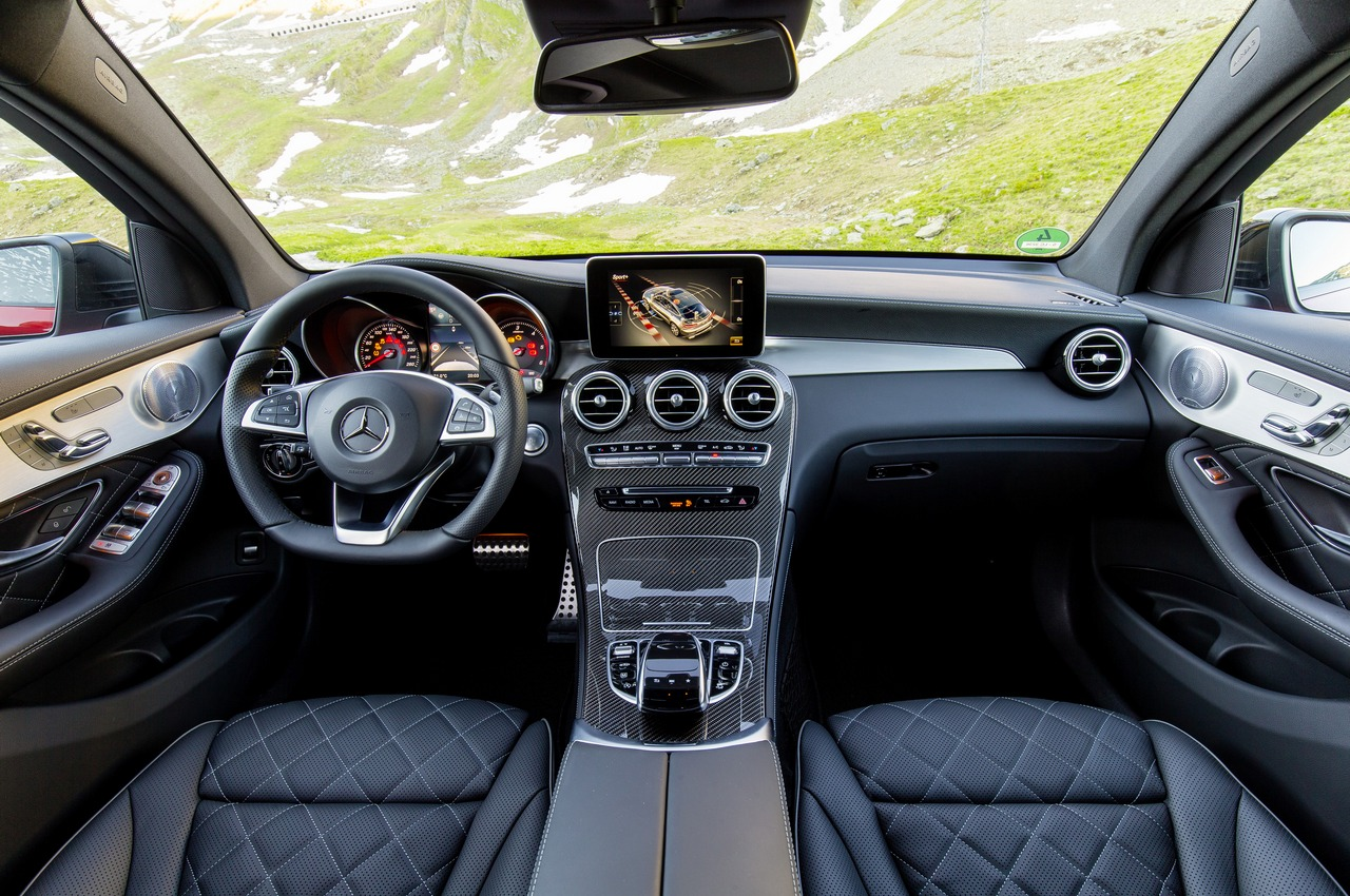 mercedes benz glc coup c253 press test drive turin 2016. Black Bedroom Furniture Sets. Home Design Ideas