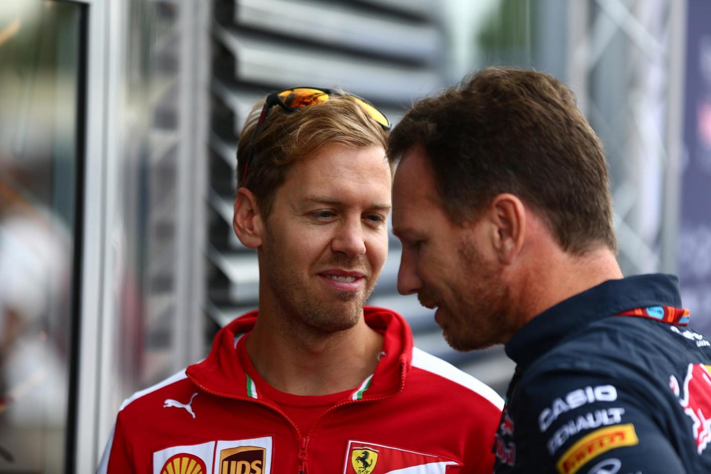 Hamilton punge la Ferrari Hanno un trucco per andare forte - FORMULA 1