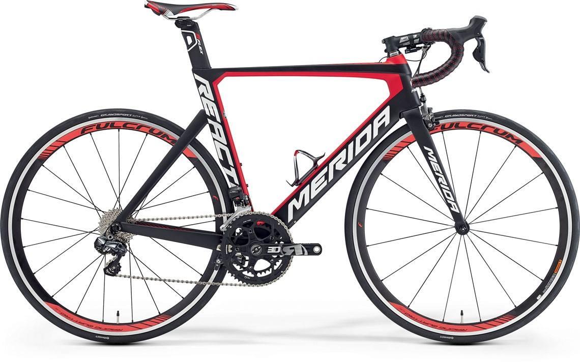 Ciclismo, Nibali firma per Bahrain-Merida