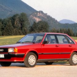 1978: five-cylinder carbureted engine: In April 1978, the five-cylinder carbureted version with an output of 85 kW (115 hp) replaces the basic twoliter four-cylinder version in the Audi 100 (C2). The new 1.9-liter unit produces maximum power at 5,400 revs and delivers 154 newton meters (113.58 lb-ft) of torque to the crankshaft at 3,700 rpm. The engine is used in the Audi 100 5 (C2), the Audi 80 CD (B2), the Audi Coupé GT 5S (B2) and in the Audi 100 (C3).