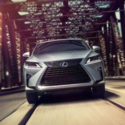 Lexus-UX 2