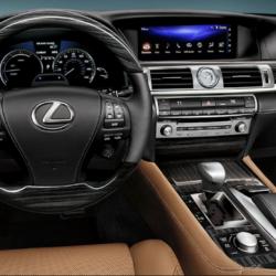 Lexus-UX 3