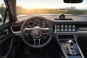 Porsche-Panamera_4_E-Hybrid-2017-1280-07