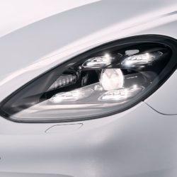 Porsche-Panamera_4_E-Hybrid-2017-1280-09