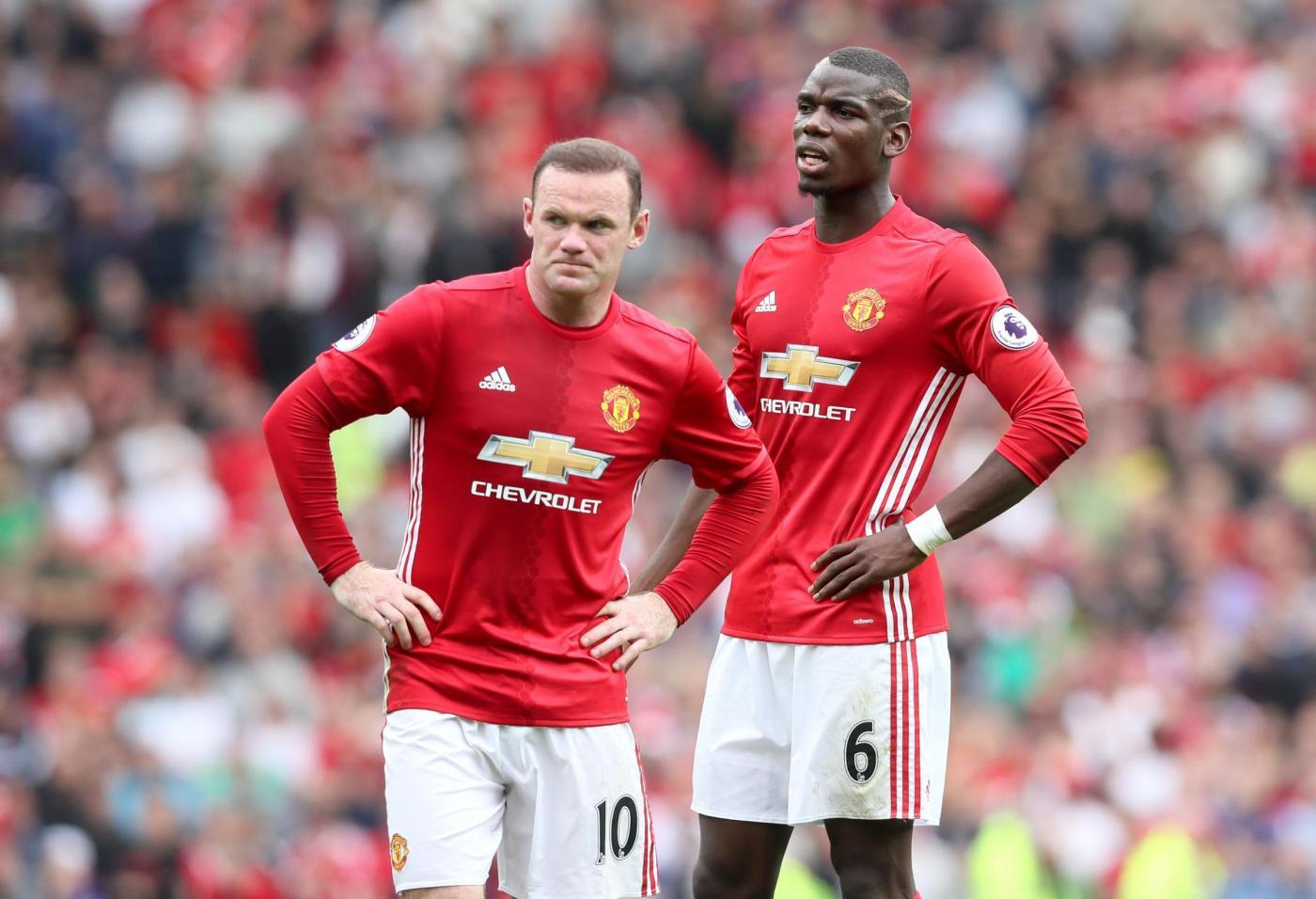 Rooney ubriaco in ritiro, spuntano le foto