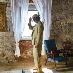 'Le Fantôme' film con Mikkelsen e Ford Edge (4)
