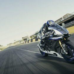 Yamaha YZF-R1M,  (1)