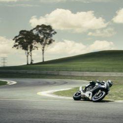 Yamaha YZF-R1M,  (2)