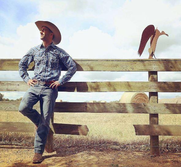 F1 ricciardo e hulkenberg perfetti cowboy che for Case in stile ranch del texas