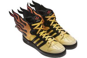 scarpe-alate-davvero-strane