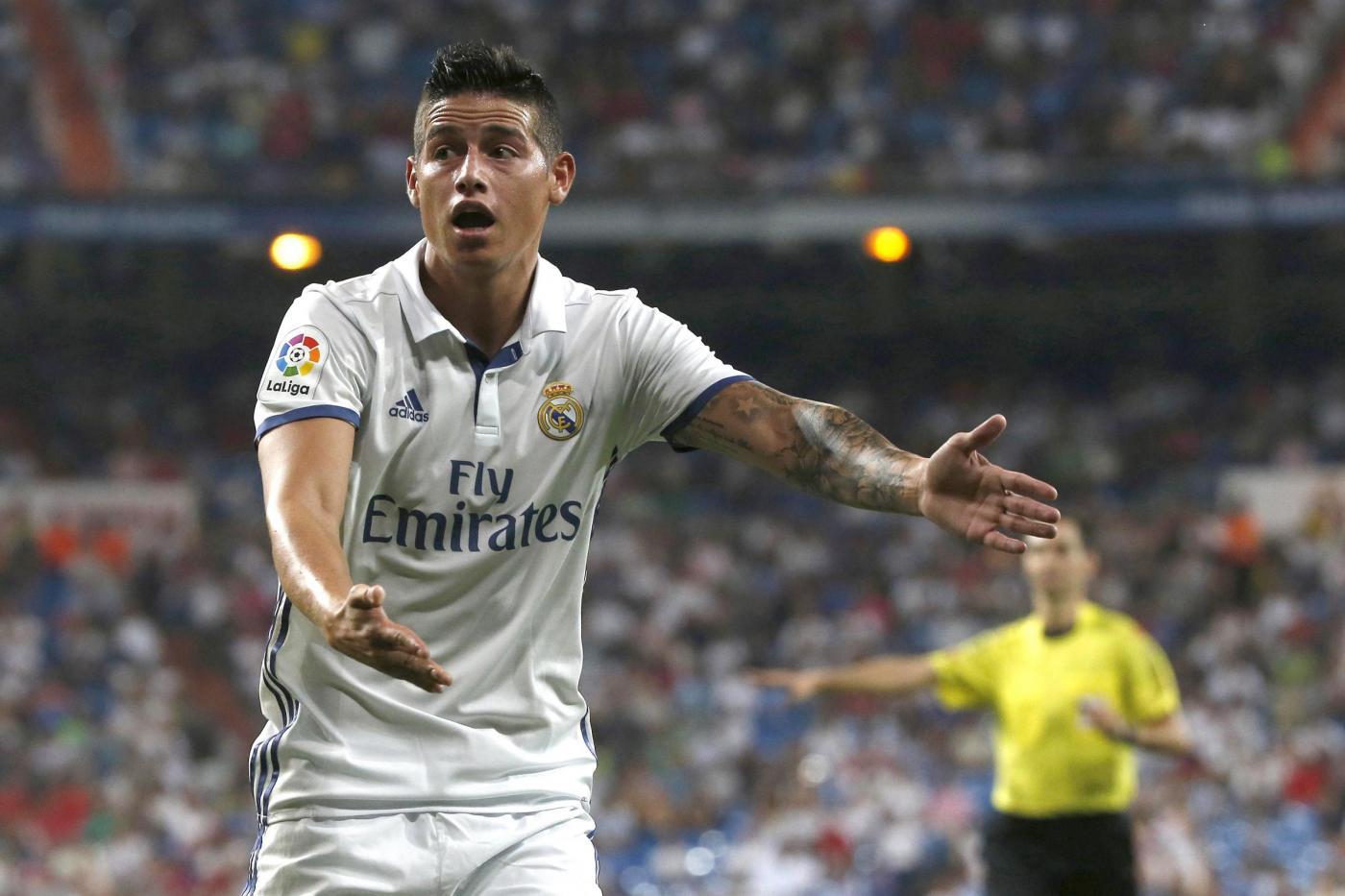 Real Madrid: James salua il Bernabeu, andrà da Mourinho