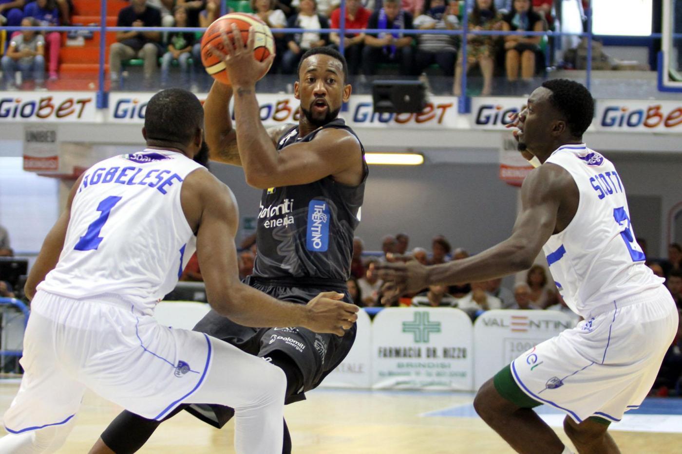Legabasket: la prima vittoria stagionale è dell'Enel Brindisi