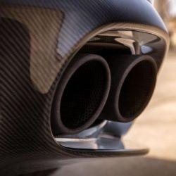 Aston Martin Vanquish S (10)