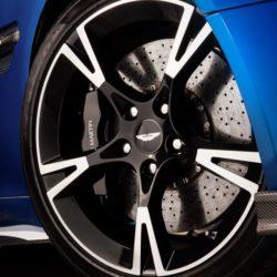 Aston Martin Vanquish S (13)