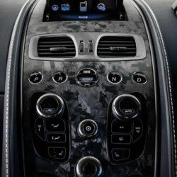 Aston Martin Vanquish S (9)