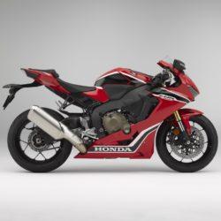 Honda CBR1000RR Fareblade 2017 (2)