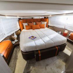 Invictus Yacht 370 GT (23)