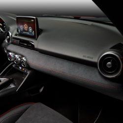 Mazda MX-5 RF Limited Edition (29)