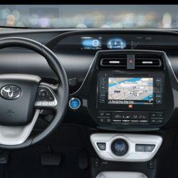 Toyota Prius Plug-in (9)
