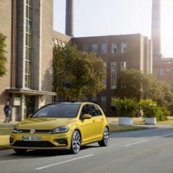 Volkswagen Golf (4)